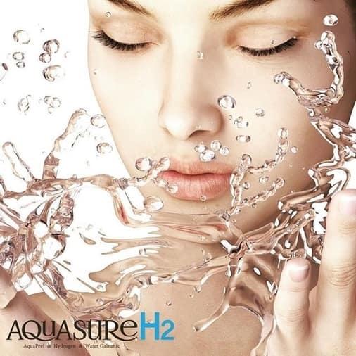 Hydrogen Cleanse Facial