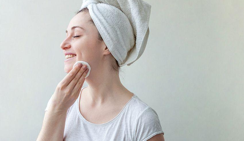 Williamsburg-beauty-spa-organics-how-to-remove-makeup