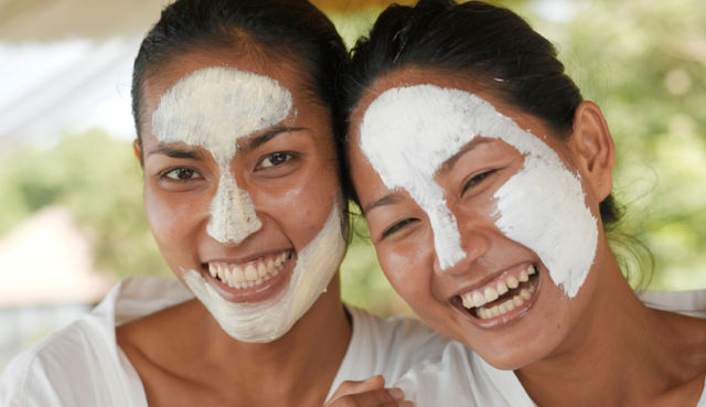 williamsburg-beauty-spa--organics-benefits-clay-face-masks-acne_v2_0